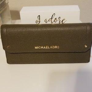 """Michael Kors """"Hayes"""" Wallet"""